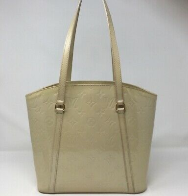 d1924a58cd9a Authe Vuitton Avalon Vernis Tote Bag Monogram MM Patent Leather Cream M91743