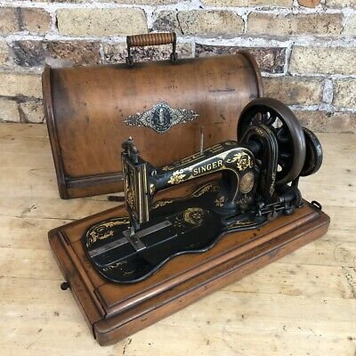 Stunning Antique Cast Iron 12k Singer Sewing Machine in Case, 1886