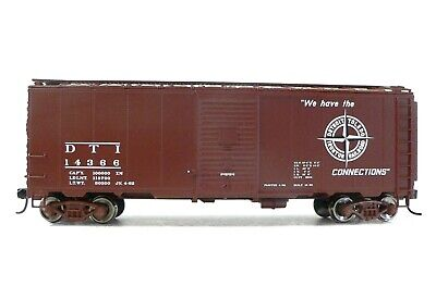 HO Scale Model Railroad Trains Walthers Detroit Toledo Ironton Boxcar 14366