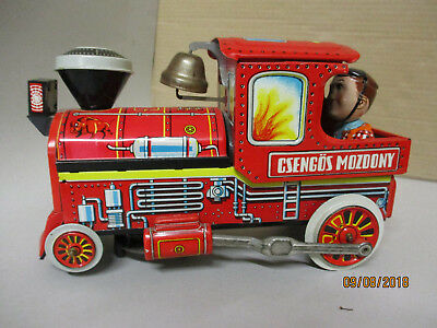 Vintage Battery Operated Csengos Mozdony Bell Ringer Tin Locomotive Train