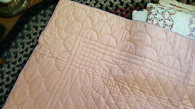 VINTAGE Handmade Quilt, Pink and Purple, quilted flower in the middle