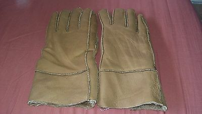 Ladies leather gloves by unknown,brown,no size but will fit M/L,new no tag