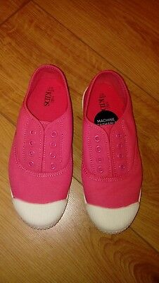 New Girls Marks And Spencer Pink Canvas Laceless Pumps Size UK 2Were £10