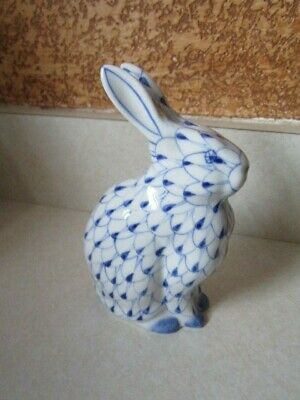 Herend Style~BLUE and WHITE~Bunny~Fishnet~PORCELAIN~Rabbit~FIGURINE~Hand Painted
