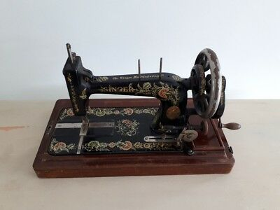 Rare 1911 model Singer 48k Ottoman Hand Crank sewing machine F1526510
