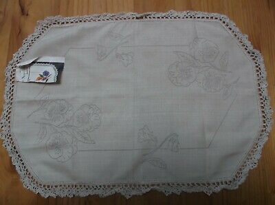 Unworked Vintage Linen Doily To Embroider. Pansies Design