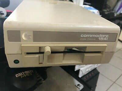 """Commodore 1541C 5.25"""" Floppy Drive - Tested & Working, w/ Manual"""