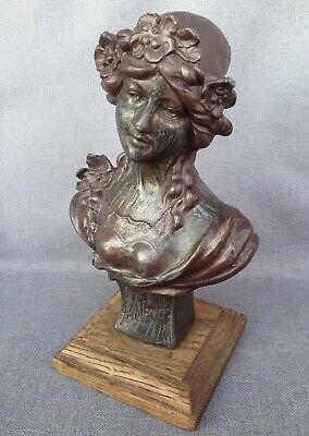 Antique heavy french Art-Nouveau sculpture made of regule early 1900's woman