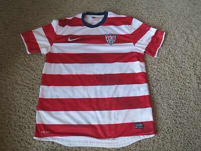 69a20aa7ad4 NIKE USA SOCCER Jersey Red   White stripes Mens Large Waldo (2012 ...