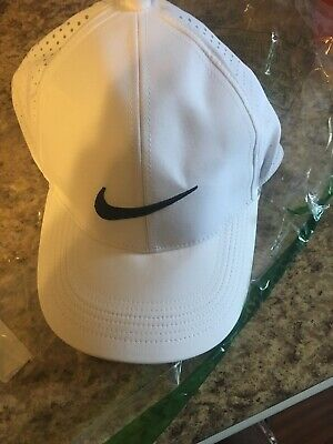 532e51994b5 NEW NIKE AEROBILL Perforated Light Blue White Adjustable Golf Hat ...