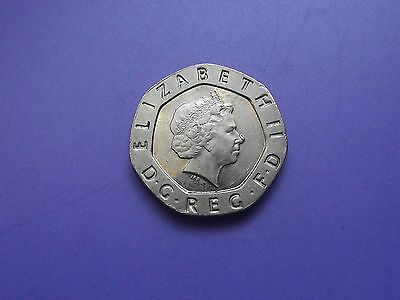 Elizabeth II Decimal 20 Pence 2005.Mint error on Nose . AH5607.