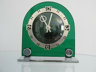 Art Deco Green Acrylic & Chrome Temco Electric Mantel Clock 1930s Working