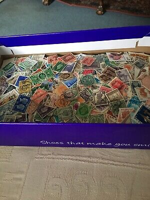 A Great Box Of Off Paper World Stamps - All Eras - Mint And Used - 10,000 Stamps