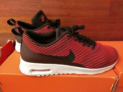 VGC! NIKE AIR Max 2010 386374 007 Womens Size 9 Running