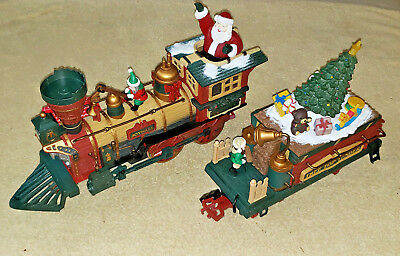 NEW BRIGHT HOLIDAY EXPRESS LOCOMOTIVE & TENDER  ANIMATED w/ LIGHTS G SCALE  XLNT