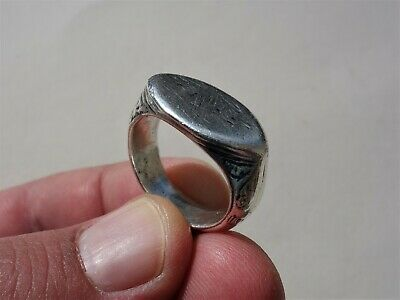 solid late Roman silver nicely carved and parts of inlays ring