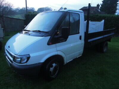 FORD TRANSIT TIPPER mk6 white single cab needs door sills welding