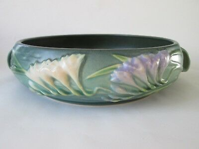 Low CONSOLE BOWL! Vintage ROSEVILLE ART pottery: matte GREEN FREESIA pattern EXC