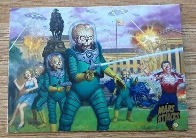 2013 Mars Attacks Invasion Gold Card # 1 Attack From Space.