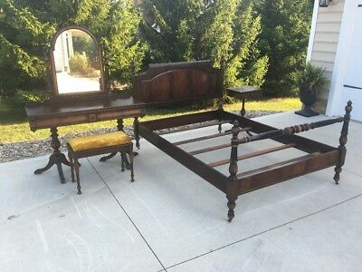 Antique Art Deco Berkey & Gay Furniture Carved Bedroom Set 5 Pieces