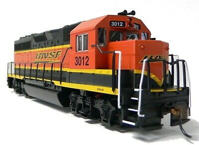 HO Scale Model Railroad Trains Layout Engine BNSF GP-40 DC DCC Ready Locomotive