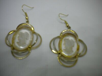 5f5528325f26f VINTAGE CAMEO FILIGREE Pierced Earrings Gold Tone Delicate B1 ...