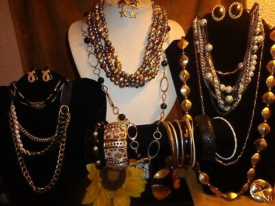 Vintage To Modern Glamour Jewelry Lot* Necklaces Bracelets Earrings Brooches