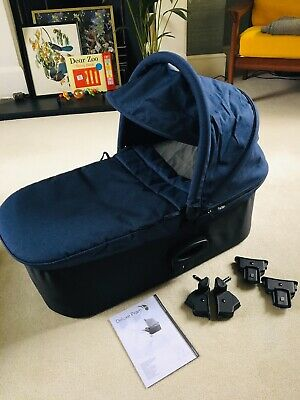 Baby Jogger Deluxe Carrycot Navy (including adapters)