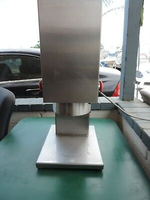EDLUND CAN OPENER (ELECTRIC) Mdl. 610E
