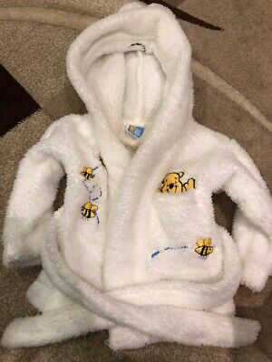 Winnie The Pooh 0-6 Month Dressing Gown