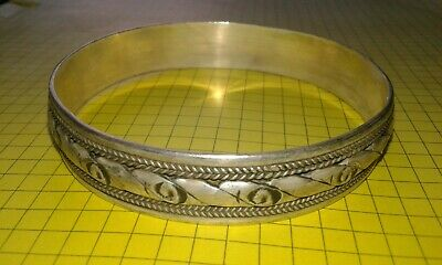 Ancient VIKING SILVER bracelet museum quality artifact VERY Stunning bracelet