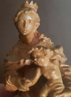Small Vintage Wood Carving Of Mother & Child  .nr