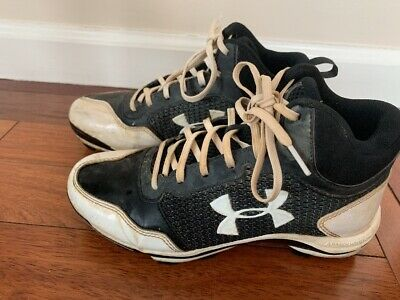 new product 6b871 770bd Under Armour Size 5 Youth Baseball Cleats High Tops Black and White