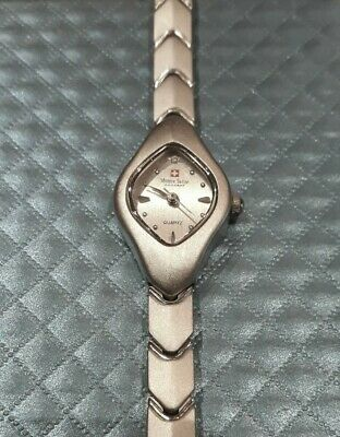 Montre Suisse Concept Ladies Bracelet Watch