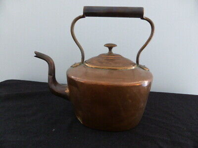 Large oval antique/Victorian solid copper kettle – England
