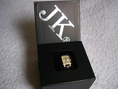 Vintage Ladies AUREOLE Gold Plate Classic 17 Rubis Swiss Made Watch