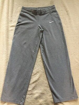Girls NIKE grey Jersey Stretch Running / Sports Jogging Bottoms Aged 12 Years
