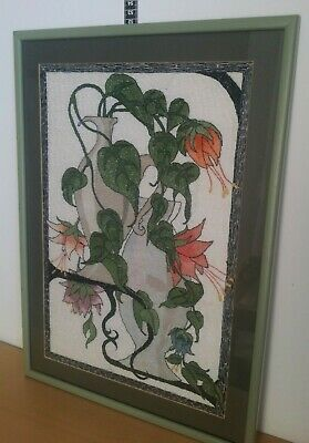 VTG hand made tapestry Picture framed wall hanging flowers