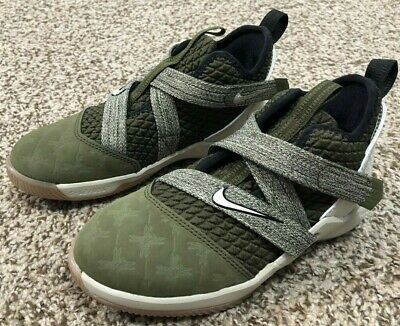 5e3825c1425 Nike Lebron Soldier XII (PS) Basketball Kids Shoes Sz 11c Olive Gum AA1353