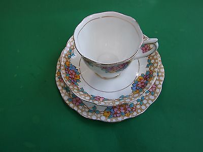 Vintage  Royal Albert Trio Set Fine Bone China 1930's Collectables