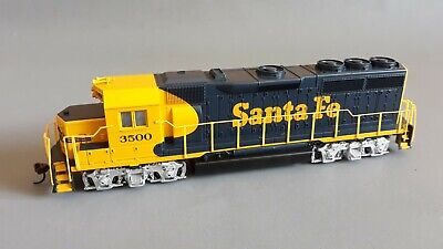 Bachmann Gp40 Santa Fe #3500 Ex-New Set Top Runner + Cond Unboxed Ho Scale(Jz)