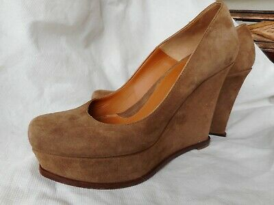9a2b150f49 Fendi wedge heel shoes cinnamon ,suede. 38,5 Italian made.Excellent  condition
