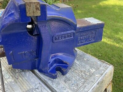 "Vintage Record 1 Ton Bench Vice 4"" Jaws Opens To 4"" Engineers Mechanics Vice"