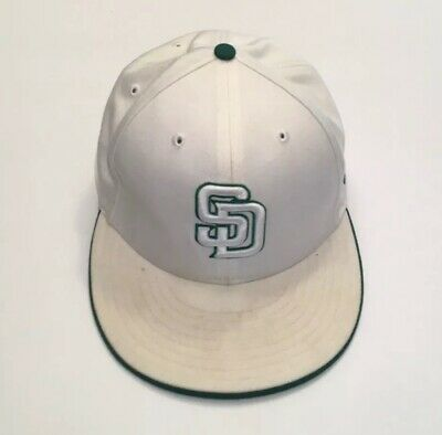 cheap for discount b4dd8 16a38 San Diego Padres New Era White Metallic 59Fifty Fitted Hat Cap Size 7 Green  Trim