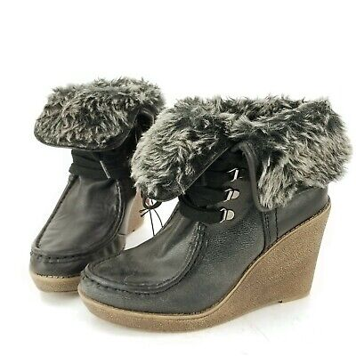 Mossimo Supply Co Women/'s Katia Lined Ankle Boot Taupe Faux Fur Brown