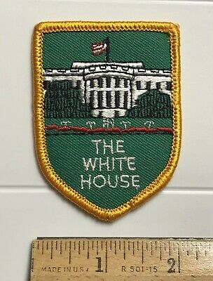 The White House Washington DC Green Yellow Embroidered Souvenir Patch Badge