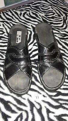 24cc85f628d4 Clarks Cloudsteppers Sillian Spade Womens Black Strappy Sandals Size 11M.