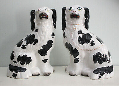 A Charming Pair Antique c19th Staffordshire Spaniels Black & White