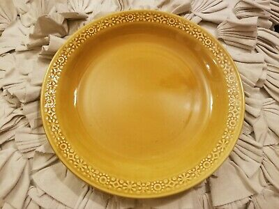 Connemara Celtic Irish Fine Earthenware Vintage Gold 10 Inches