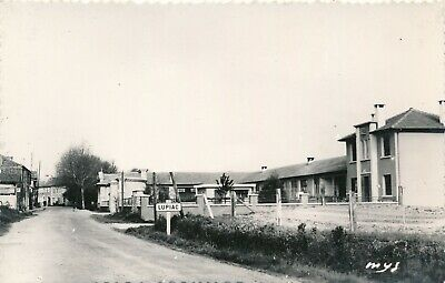 CPSM - France - (32) Gers - Lupiac - Groupe scolaire